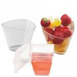 Одноразовая фуршетная пластиковая посуда